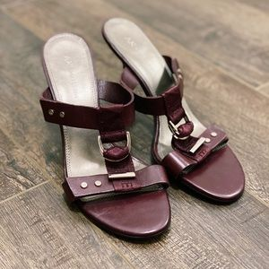Anne Klein Adjustable T Strap Mauve Heels
